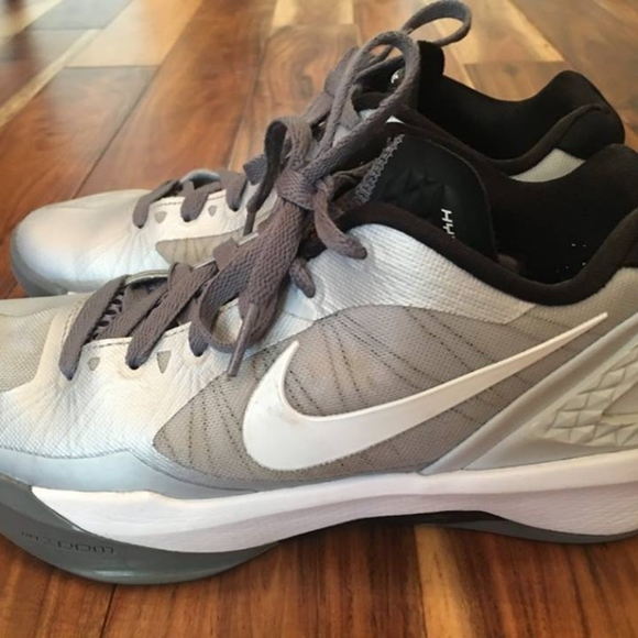 d2dc6acbfbdd9 Nike Flywire Volleyball Shoes Womens 7 Hyperspike.  M 5ac993dba6e3ea42366ac8a7